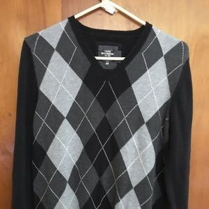Label of Graded Goods H &M sweater